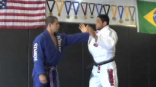 Breaking The Grip pt1 with Andre Galvao