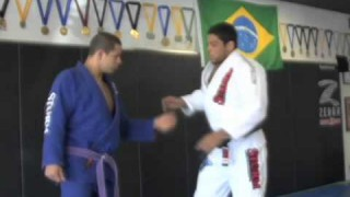 Breaking The Grip pt2 with Andre Galvao