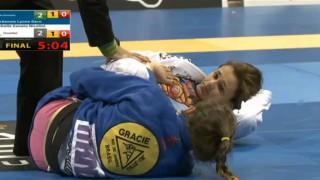 BEST FEMALE MATCH EVER! Mackenzie Dern vs Michelle Nicolini Worlds 2015 Final