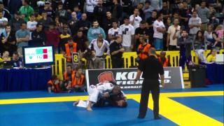 Claudio Calansans Takes Down Rodolfo Vieira (2011 Worlds)