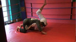 Roberto Roleta – Inverted Guard Helicopter Sweep