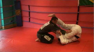 Roberto Roleta – Inveted Guard Front Triangle