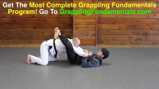 A Very Underrated Way To Open The Closed Guard – Jason Scully