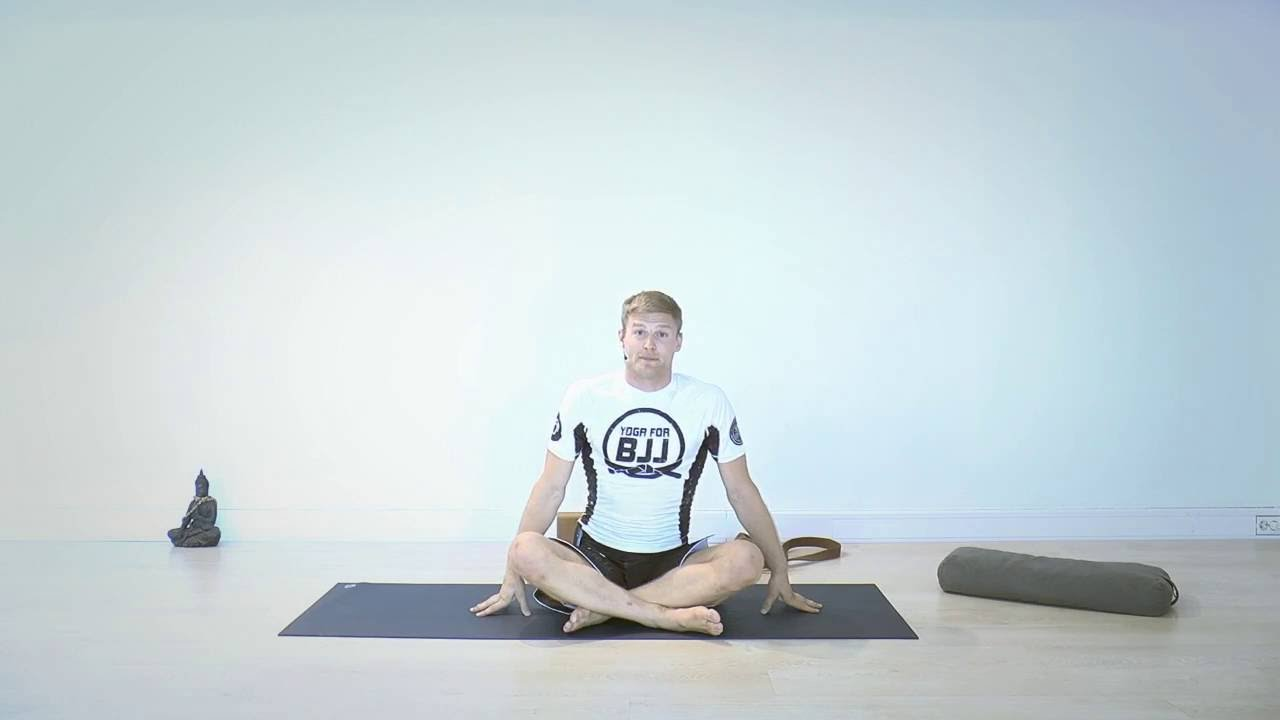 3 Yoga poses for inverted guard – Yoga for BJJ