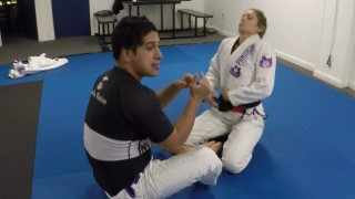 Top 3 Butterfly Guard Sweeps – Nelson Puentes