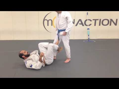 Very Cool BJJ Warm Up by Bernardo Faria