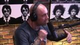 Joe Rogan Believes Mcgregor Would Beat Floyd Mayweather with MMA Gloves