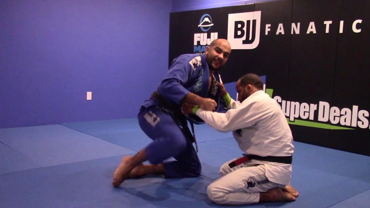 Pulling Half Guard From Knees – Bernardo Faria