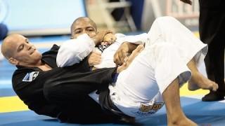 Xande Ribeiro Shows His Favorite Way To Take The Back