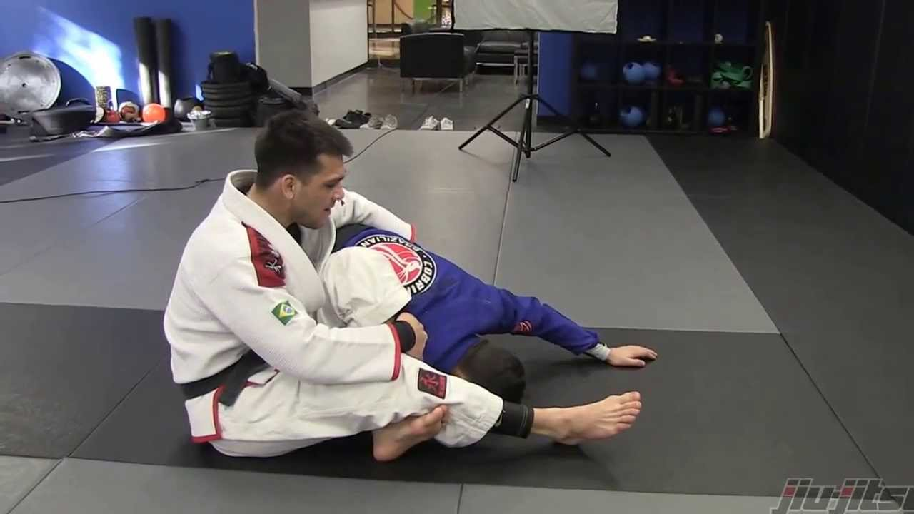 Omoplata From Spider Guard w/ Michael Langhi
