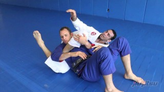 Step Around Pass To Inverted Triangle: Braulio Estima