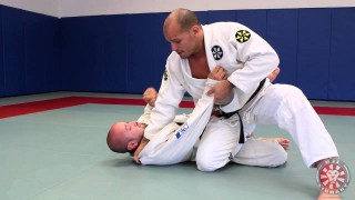 Power Knee Slice using Palm Down Grip with Xande Ribeiro