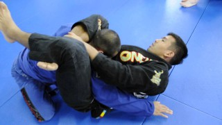 3 TRIANGLE CHOKE ATTACKS: Long Range, Medium Range and Short Range