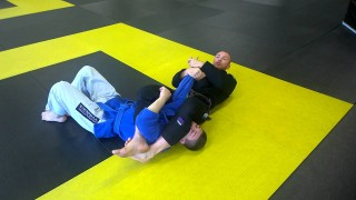 Armbar defence counter & arm triangle defence counter