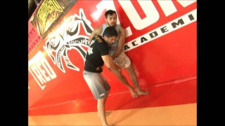Flying Triangle UFC Rio- Godofredo Pepey