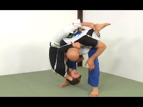 Guard Pull Technique Straight Into an Armbar