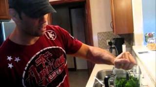 Rich Franklin cooking- green breakfast shake