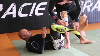 Cool Knee Bar/ Foot Lock Combo from Half Guard- Alberto Crane