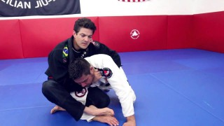 Rolling Collar Choke #2 from Turtle: Jean Jacques Machado