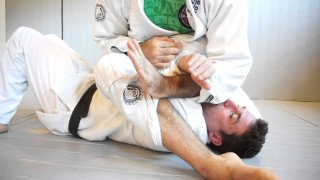 Armbar Finish from S-Mount- Rolles Gracie