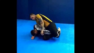 Back take and inverted kimura from the turtle position- Leo Queiroz