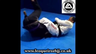 Transition from sweep to rollling armbar- Leo Queiroz