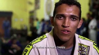 Charles Oliveira – Submission Specialist