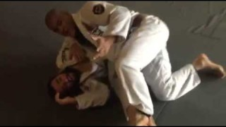 Elbow Smash Butterfly Guard Pass- Mahamed Aly