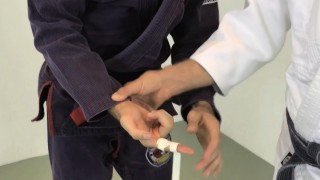 How and Why to Tape Your Fingers in BJJ