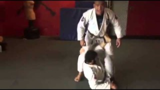 Leg Squeeze X-Guard Pass- Mahamed Aly