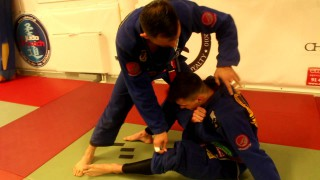 Sit Up Guard Pass to Omoplata- Marcelo Andreoli