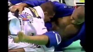 Royler Gracie vs Leo Vieira