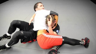 Wrestling Attacks From Underhook Control