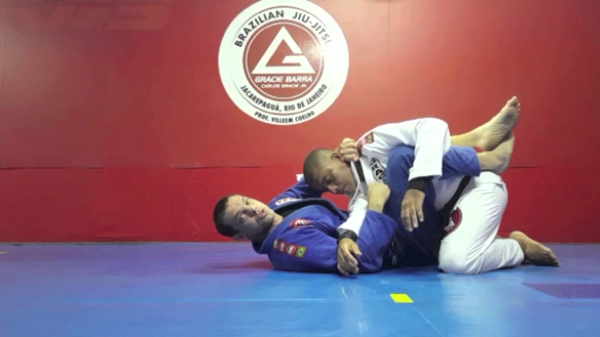 Closed guard Armbar with lapel + Choke and sweep