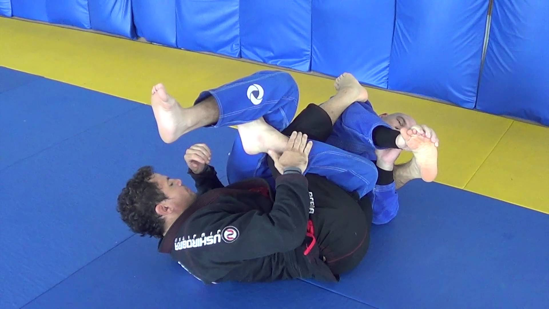 If you can't pass the guard attack the legs