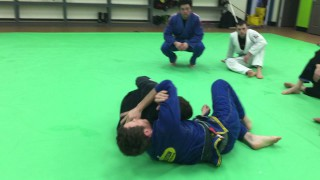 Knee slide pass counter to Brabo choke