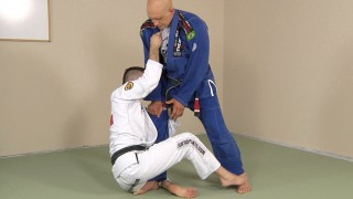 Using de la Riva Guard to Sweep a Defensive Opponent