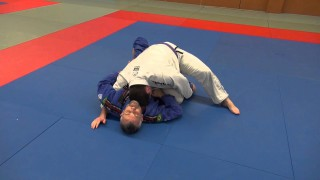 BJJ – Knee slice guard pass (Kill the knee shield)