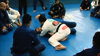 Knee Shield Smash Pass – Yan Pica-Pau