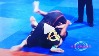 Baratoplata Chicken Wing Sweep – Rafael Freitas