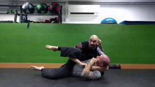 Catch Wrestling Cradles to compression finishes