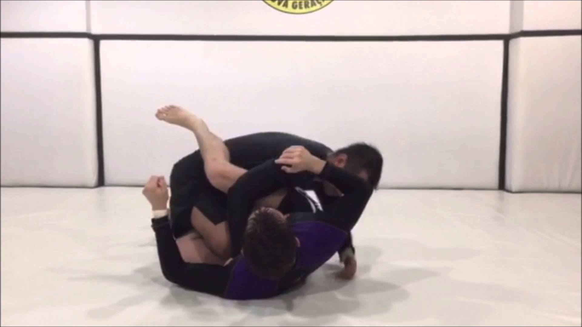 De la Riva Pass To Calf Slicer – Mauro Ayres