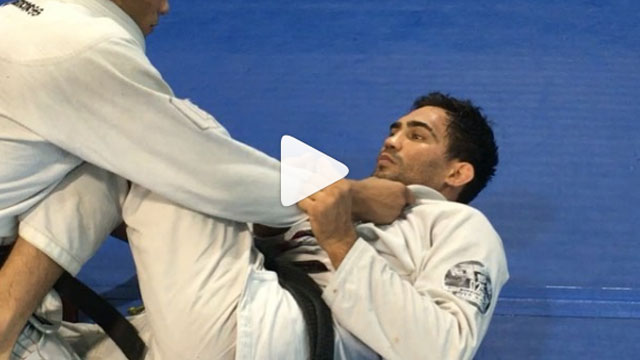 Variation from 2 on 1 arm drag – Lucas Leite