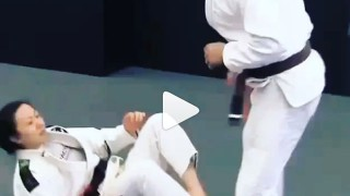 Super Slick Open Guard Sweep – Emily Kwok