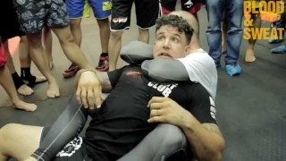 Rear Naked Choke Escape – Frank Mir