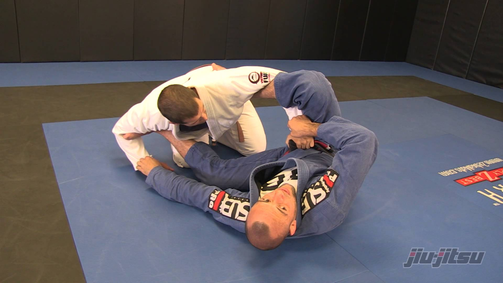 Spider Guard to Triangle with Armbar Option – Abmar Barbosa
