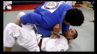 Knee on belly counter with armlock-Relson Gracie