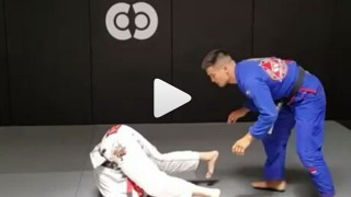 Interesting Way To Pass  An Inverted Guard