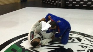 Pass of De La Riva Reversed with Armlock – Davi Ramos