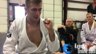 How to tape your fingers for BJJ – Keenan Cornelius